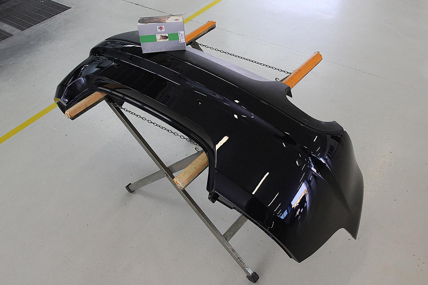 Carrozzeria-Moglianese-Gardigiano-Scorze-montaggio-sensori-parcheggio-1